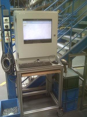 szafę do komputera