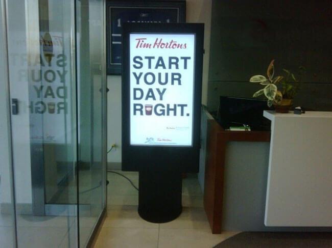 'Zobacz Technologia Digital Signage'