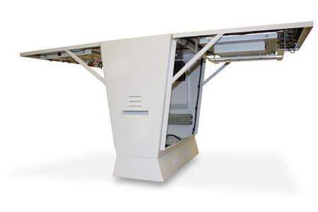 Monitor reklamowy dystrybutor paliwa z dwoma drzwiami otwartymi