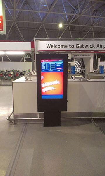 Totem zewnętrzny lotnisku