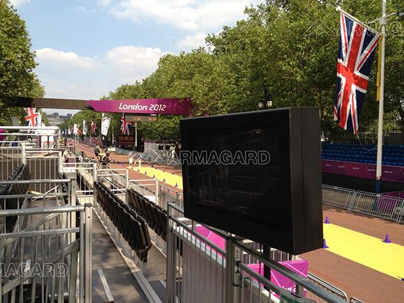 'Zobacz Zewnętrzne rozwiązania digital signage w centrum handlowym – Olimpiada w Londynie 2012'