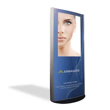 Totem LCD wewnętrzny z logiem Armagard na białym tle z cieniem