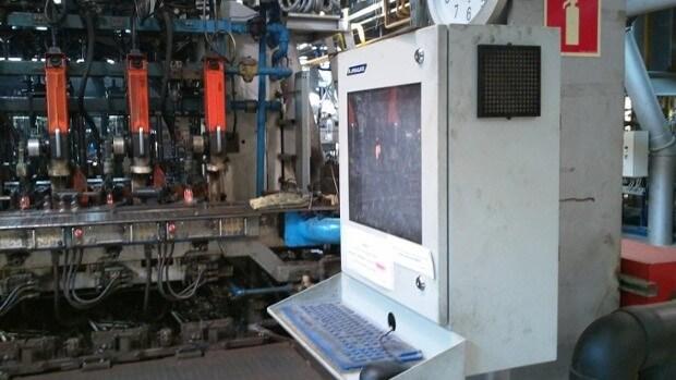 przemysłowymi systemami komputerowymi